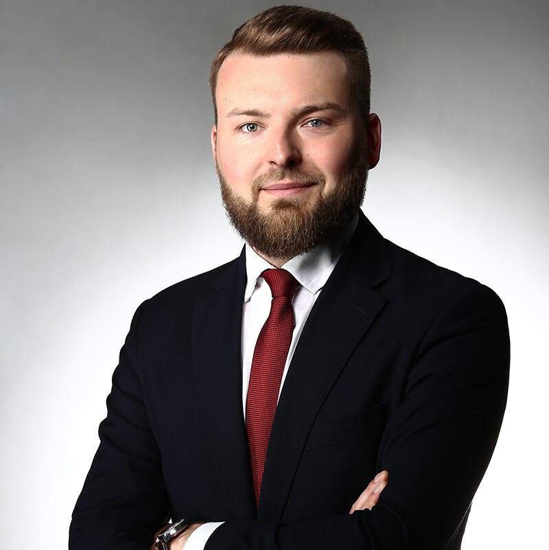https://lewandowskikancelaria.pl/wp-content/uploads/2021/06/2021_05_27_MLd_8235_p_2x3_s-e1623877709302.jpg